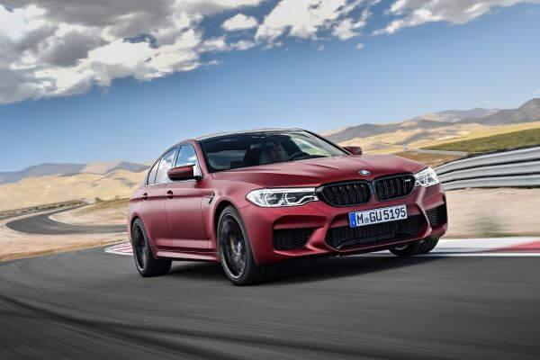 Akrapovic presented Evolution line exhaust for BMW M5 F90
